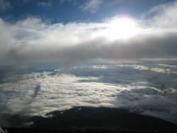 下山道で、やっと雲に隠れてない太陽とご対面!